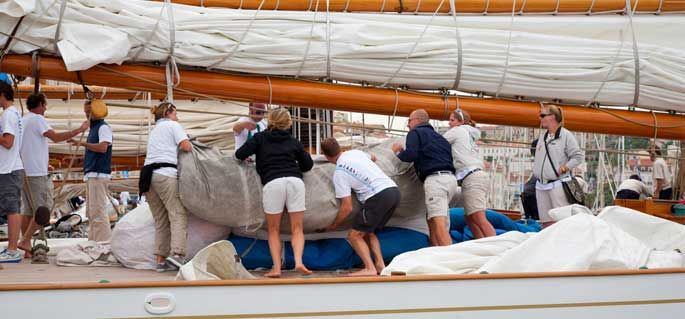 Crewbay home page - sailing crew, yacht jobs, boat jobs, sailing jobs, jobs at sea, find crew, find