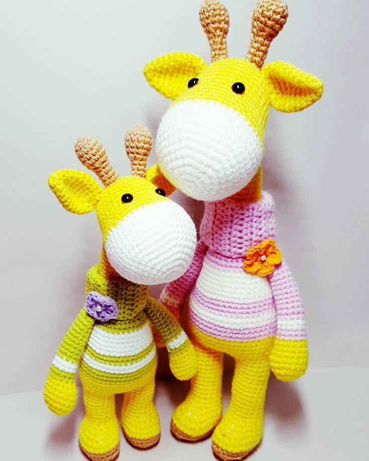 Cute giraffe brothers. Pattern is available at Etsy ✔ . . . #crochet #amigurumi#crochetgiraffe #haken #häkeln #crochê #croche #hekle #hækle #virka #virkkaus #ganchillo #uncinetto #etsy #etsyshop #ravelry #Вязание #амигуруми #كروشيه #crocheting #kawaii #instacrochet #아미구루미 #손뜨개 #あみぐるみ #かぎ針編み #뜨개질 #코바늘인형#기린인형