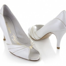 Vintage-Inspired Rachel Simpson Wedding Shoes in Frilly's soon