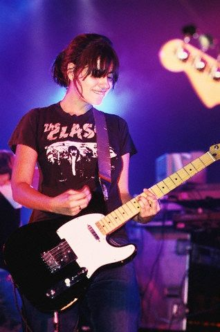 Justine Frischmann of Elastica Performing at Reading Festival 1999