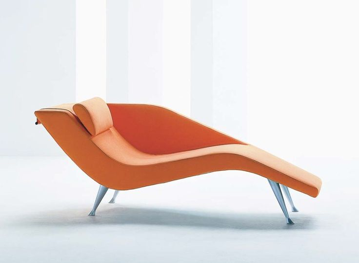 The Finn Lounge Chair By Dellarobbia Is An Updated, Ultra Modern Version Of The  Classic Retro Modern Chaises Of The Fifties.