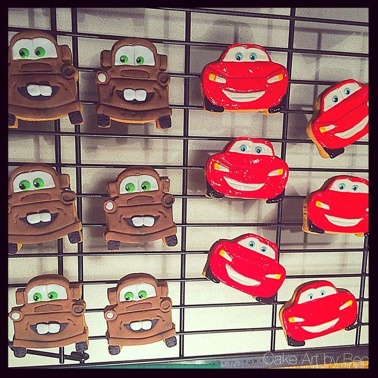 Mater and Lightning McQueen cookies