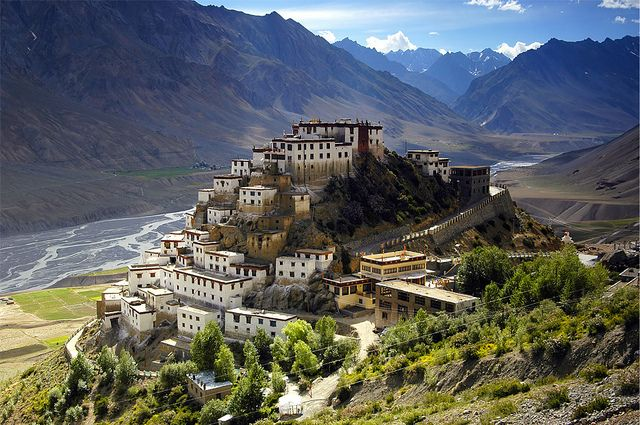 Spiti Valley is beautiful quite place in Himachal Pradesh