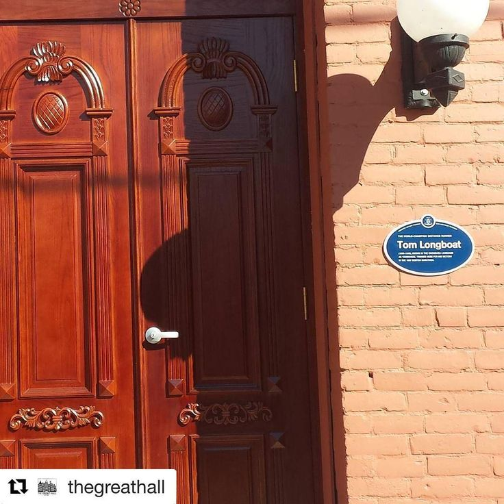 @thegreathall is an amazing place... It's extra official! Very pleased to have this @heritagetoronto #plaque installed outside the new door to our #longboathall for all of #toronto to learn about and celebrate  #tomlongboat, #marathon runner, veteran and aboriginal #trailblazer 🏤 -------- #heritagebuilding #heritage #htplaques #thegreathall #thegreathallto #westqueenwest #restoration #history #torontohistory #torontoevents #archi_ologie #since1889 #vintagevenue #heritageandhistory #venue