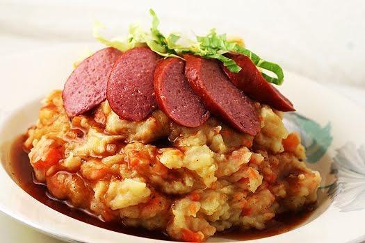 hutspot - stamppot peen en uien (mashed potatoes, onion and carrots)