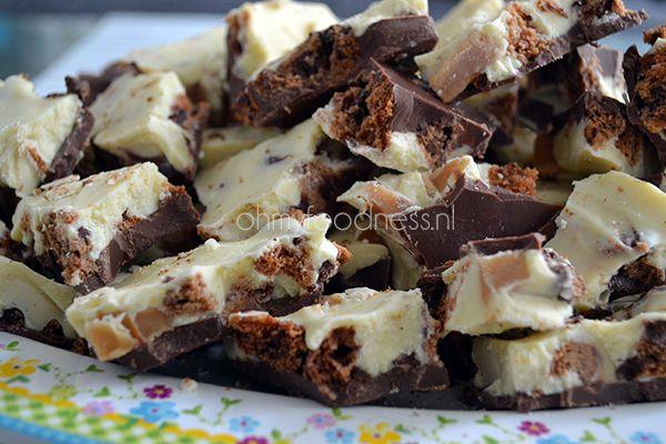 Met deze breekchocolade maak je zeker indruk bij de visite. Ook lekker als tussendoortje of traktatie op je werk of op school!