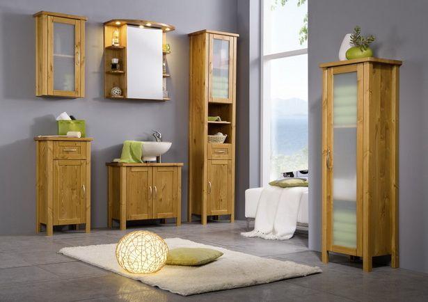 die besten 25 spiegelschrank holz ideen auf pinterest renoviert spiegel rustikale spiegel. Black Bedroom Furniture Sets. Home Design Ideas