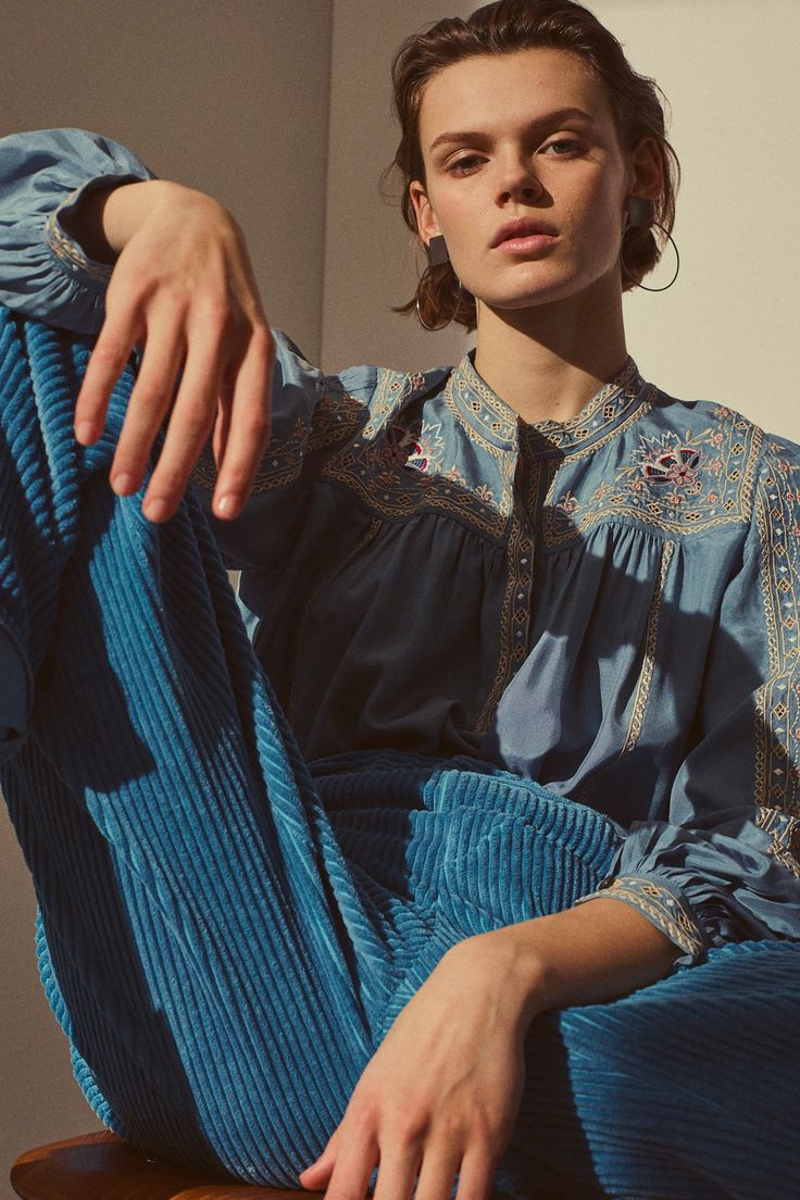 Isabel Marant Pre-Fall 2018 Collection - Vogue
