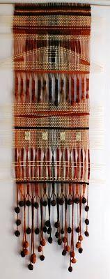 Telaresytapices : telar de lanas delgadas....fino ( 70 x 150 cms.) (La Serena)