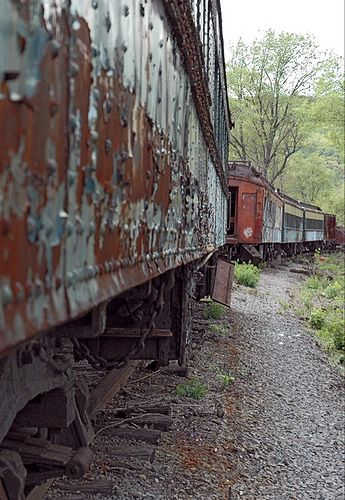 Abandoned Train/rather sad, will it just sit there and slowly deteriorate until....?