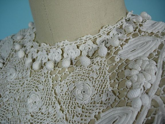 Irish Crochet Together: Antique of the Week--Gorgeous Gown