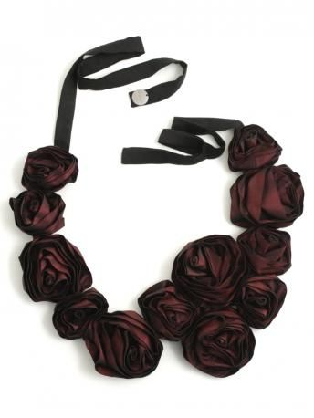 Maria Calderara-red roses necklace-collier di rose rosse-Maria Calderara shop