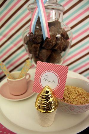 Chocolate honeycomb and peanuts