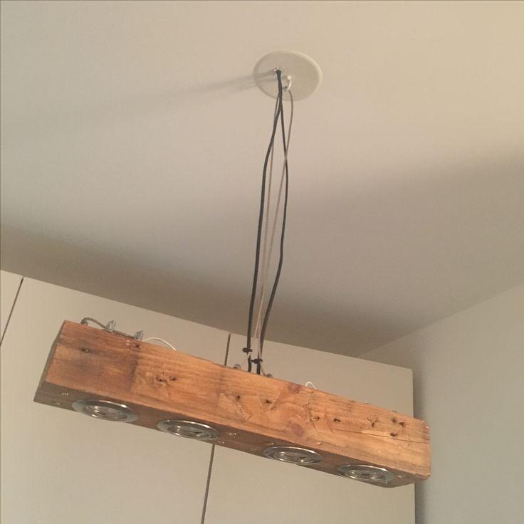 Suspension bois avec spot LED Réalisations