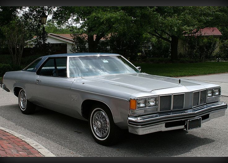 1976 Oldsmobile Delta 88 Royale  8,000 original miles