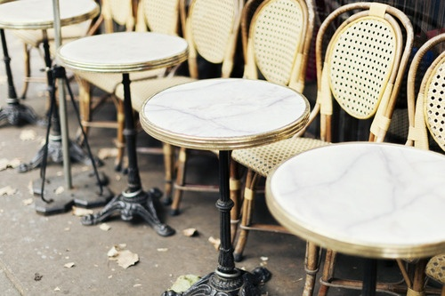 Bistrot table and chairs