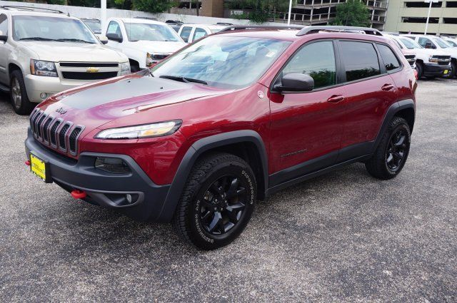 Awesome Awesome 2016 Jeep Cherokee Trailhawk 2016 Jeep Cherokee Trailhawk 5908 Miles Deep Cherry Red Crystal Pearlcoat Sport 2017/2018 Check more at http://car24.tk/my-desires/awesome-2016-jeep-cherokee-trailhawk-2016-jeep-cherokee-trailhawk-5908-miles-deep-cherry-red-crystal-pearlcoat-sport-20172018-2/