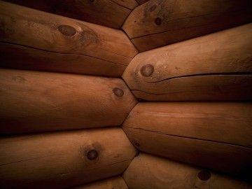 When To Use Vinyl Log Siding
