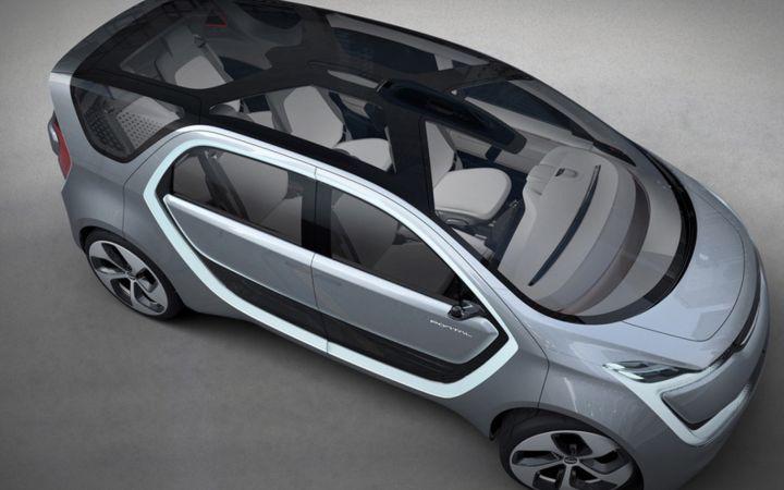 Chrysler представил электрический минивэн Portal