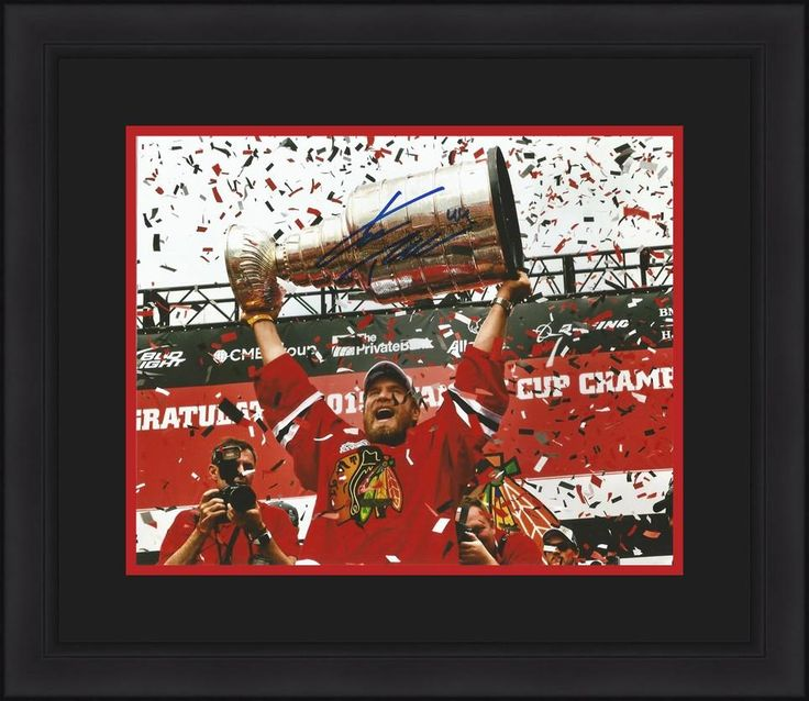 """Chicago Blackhawks Kimmo Timonen Autographed 2015 Stanley Cup Parade NHL Hockey 8"""" x 10"""" Framed and Matted Photo"""