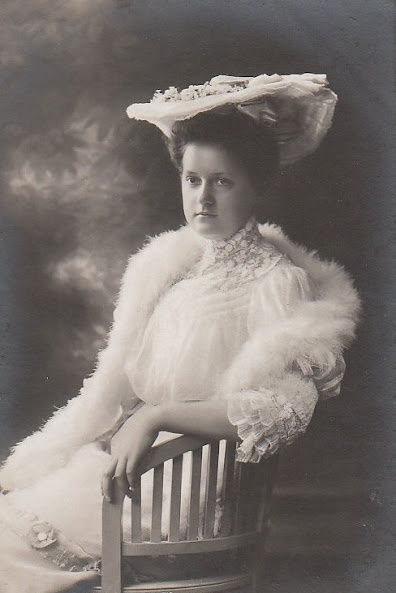 Mrs. Alfons von Kloss (1886–1974) née Her Imperial and Royal Highness Archduchess Eleonora of Austria