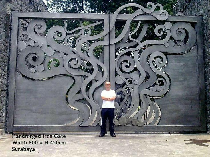 Cast metal gate Surabaya