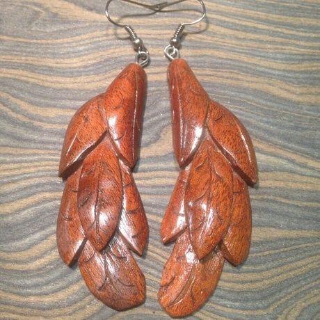 Представляем вам талантливую рукодельницу, участницу проекта Abbigli.ru - Дарью Нестерено.  Семейный тандем - Дарья и ее муж, делают прекрасные украшения из дерева - серьги, кулоны, шпильки.  Ознакомиться подробно с творчеством мастера и сделать заказ вы можете на витрине по ссылке: https://abbigli.ru/profile/3983/  Приглашаем всех, кто любит рукотворную красоту, на наш сайт - https://abbigli.ru. Регистрируйтесь, выкладывайте работы и получайте прибыль от любимого хобби!  #рукоделие #хобби…