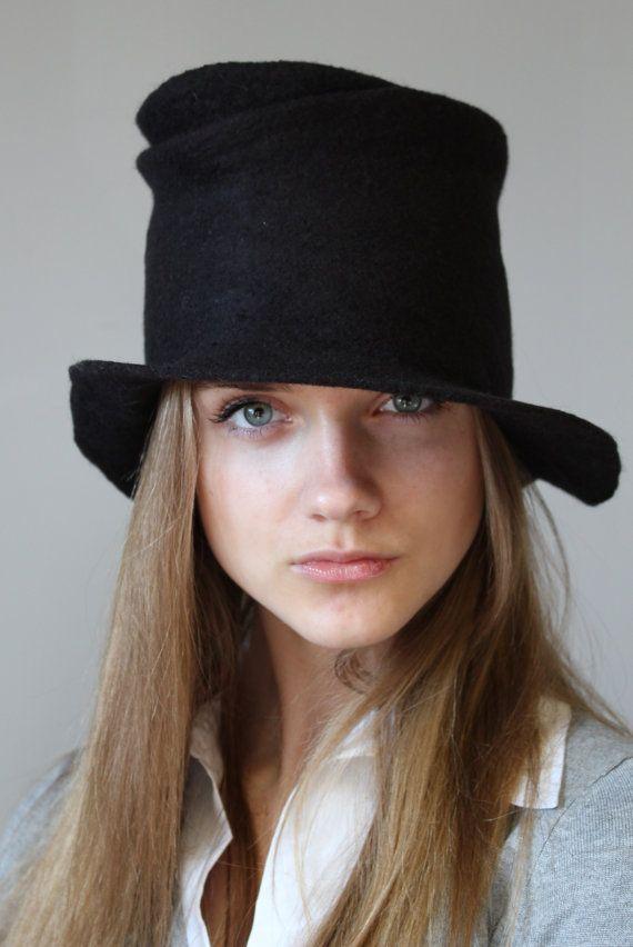 Felted brim hat Black by doseth on Etsy, €40.00