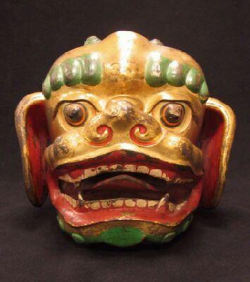 Тибет, 18-го века, окрашенный металл, snow lion, the Rubin Museum of Art (США) маска для ритуальных танцев