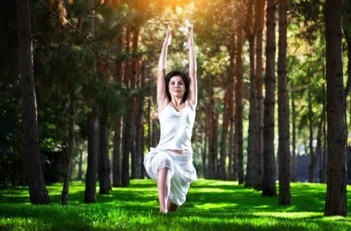 Sokan nem is gondolnak arra, hogy a testmozgás bármi másra is jó lenne, mint arra, hogy segítsen az ideális testsúly elérésében. Sok-sok egyéb pozitív hatása mellett a testmozgás segíthet a teherbe...