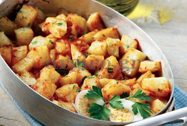 Πικάντικες πατάτες γιαχνί στο φούρνο