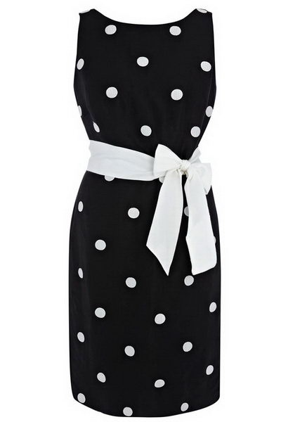Love black and white dots..and this dress.