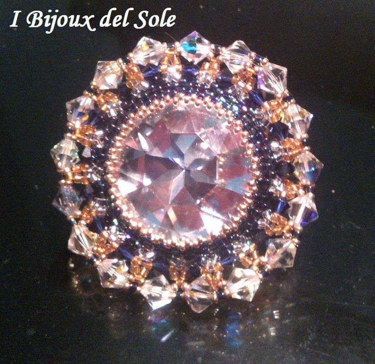 Anello Sole d'inverno con perline giapponesi e cristalli swarovski . Disponibile subito: prezzo 70 euro escluse le spese di spedizione