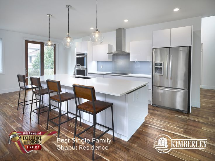 Chaput Residence in Crestwood. Kimberley CustomBuilt Awards of Excellence Finalist 2015 http://buildwithkimberley.ca/homes/full-infills-and-acreages/ #buildwithkimberley #kimberleyhomesYEG #modernkitchen #awardsofexcellence