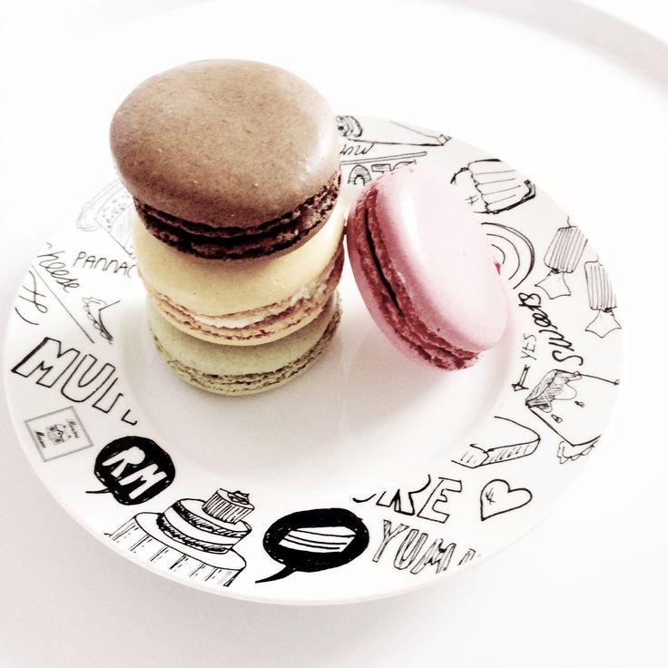 Macarons on a Riviera Maison plate