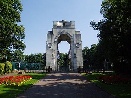 War Memorial, Victoria Park, Leicester by Edwin Lutyens (1923)