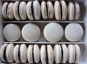 Fehér macaron recept csokis töltelékkel