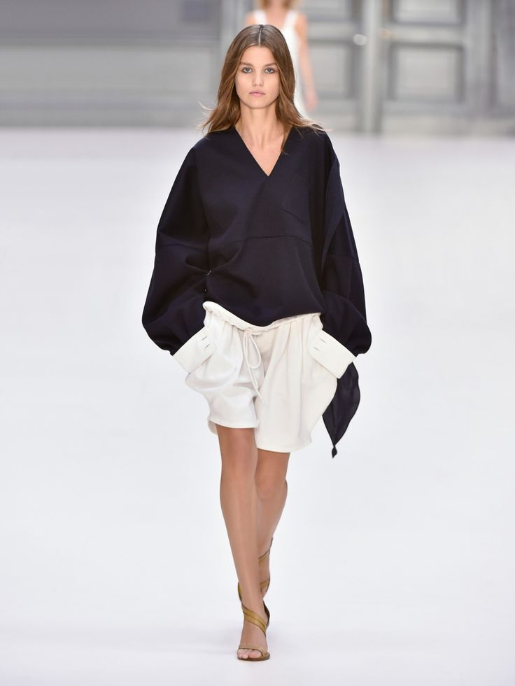 Look 2 from the Chloé Spring-Summer 2017 collection