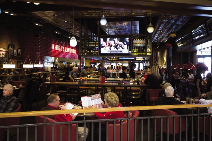 """Perhaps more """"Flair""""?  TGI Friday's aims to recapture the social crowd