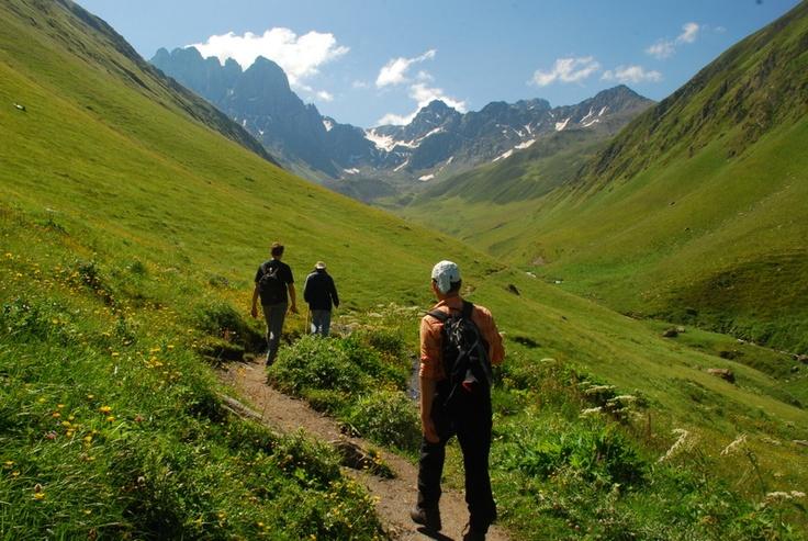 Wandern im Hochgebirge des Kaukasus
