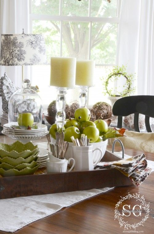 TOP 10 FAVORITE TABLESCAPING ITEMS