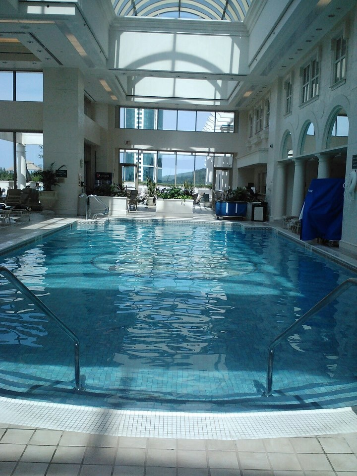 Swim The Length And Back Again Foxwoods Connecticut Indoor Pool At The Grand Pequot