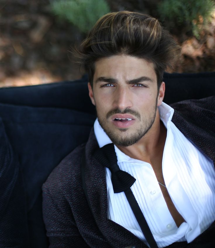 Mariano Di Vaio in a classy dandy smoking