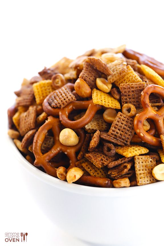 Slow Cooker Chex Mix -- so easy to make! | gimmesomeoven.com #slowcooker #crockpot #snack