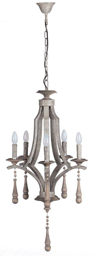 Строгая и оригинальная модель, достойная шикарной парижской гостиной. Эта люстра выполнена из железа и дерева в серо-бежевом цвете. Она имеет оригинальную симметричную форму, лампочки также сделаны «под старину» и в зажженном виде выглядят как свечи. Под каждой такой «свечкой» расположен подвесной декор из деревянных бусин и капель.             Метки: Люстры в гостиную, Люстры в комнату, Люстры потолочные.              Материал: Металл, Дерево.              Бренд: DG Home…