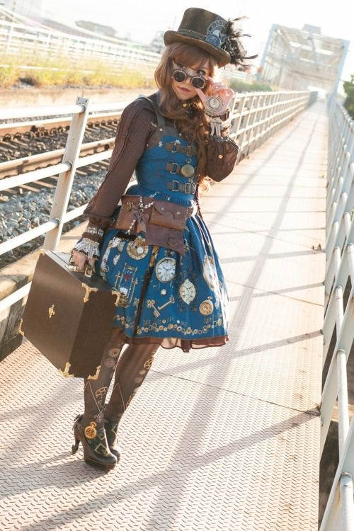 shadow-walk:  My first time trying steampunk lolita. I made it...