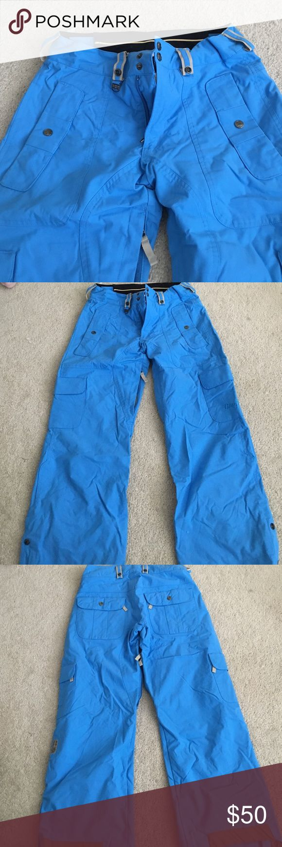 Bonfire snowboarding/ski pants Bonfire classic fit women's S/m ski pants , great condition only worn a few times fully lined also has inside and outside pockets and adjustable Velcro waistband and snaps at bottom to fit around larger ski or snowboard boots, bonfire is the brand, open to all offers Burton Pants