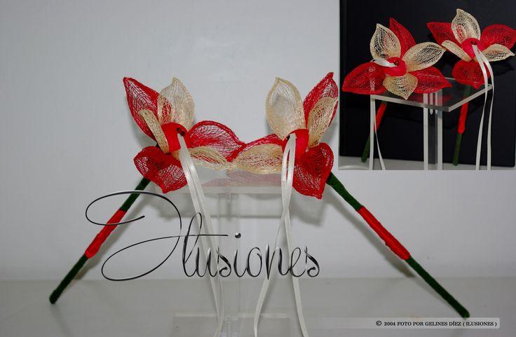 Dos flores para llevar los anillos por seperado