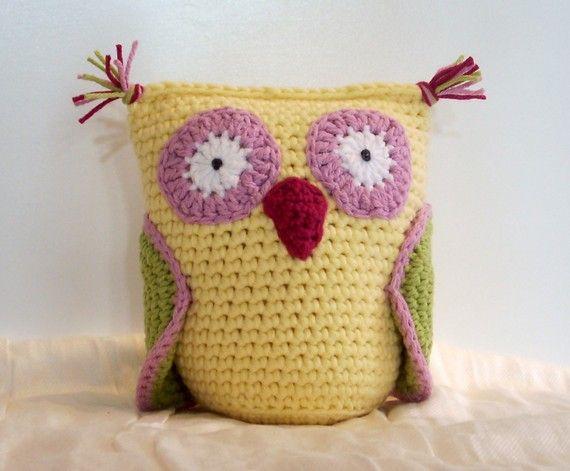 owl pillow-crochet