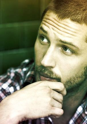 Obsessed with Tom Hardy!!! aaaah